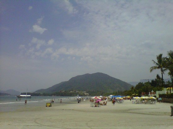 Enseada Beach : Praia da enseada.