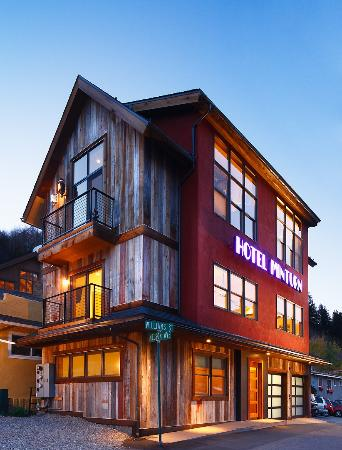 Hotel Minturn: exterior