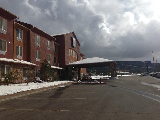 Comfort Inn & Suites Cedar City : Exterior View