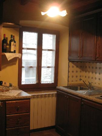 Casa Ambra: Cucina - APT. Croce del Travaglio