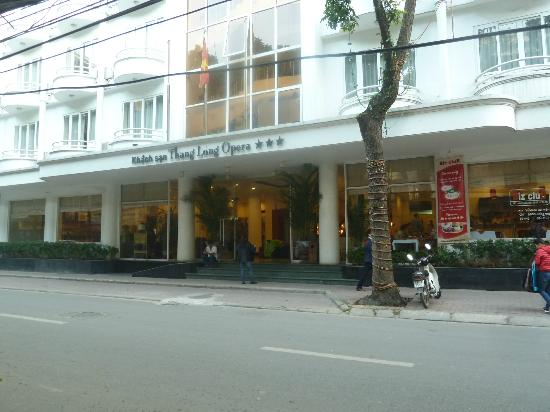 Thang Long Opera Hotel: L'ingresso