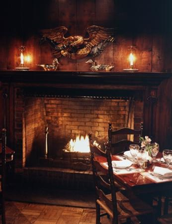 Griswold Inn: Fireside Dining in the Inn's Handsome Library
