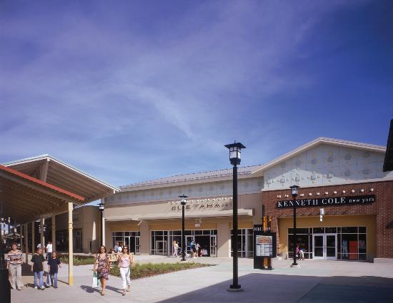 Aurora, IL: Chicago Premium Outlets