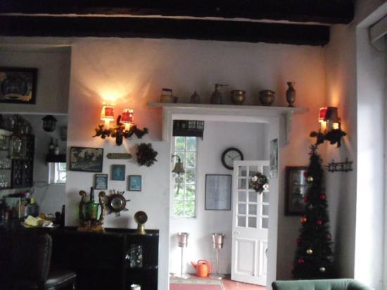 Ye Olde Smokehouse Fraser's Hill: Warm room