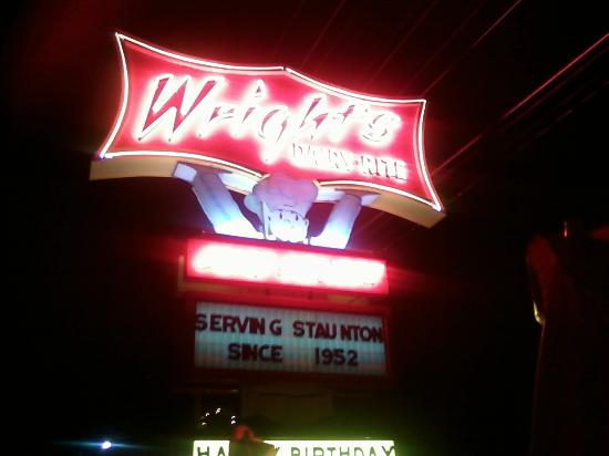 Wright's Dairy Rite: Cool old sign
