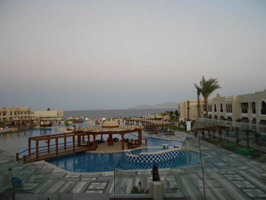 SUNRISE Arabian Beach Resort -Grand Select-: view from room