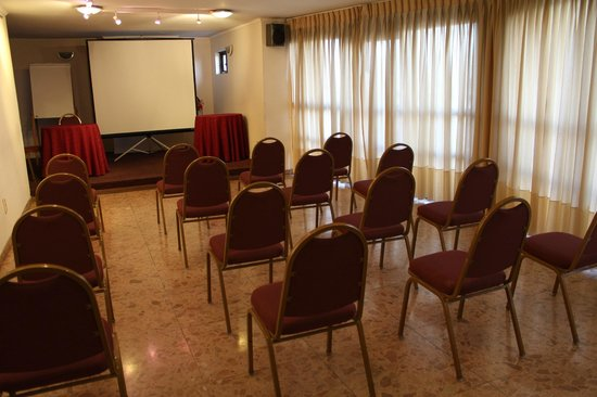 Days Inn Montevideo: Sala de Eventos