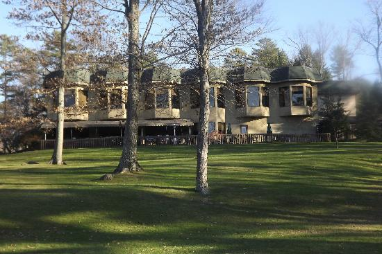 Woodloch Pines Resort: The INN