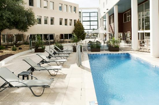 Holiday inn toulon city centre updated 2017 hotel for Hotels toulon