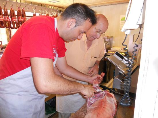 Casa Rural Lur Mendi: en nuestra carniceria