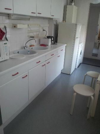 Truelove Guesthouse: Kitchen