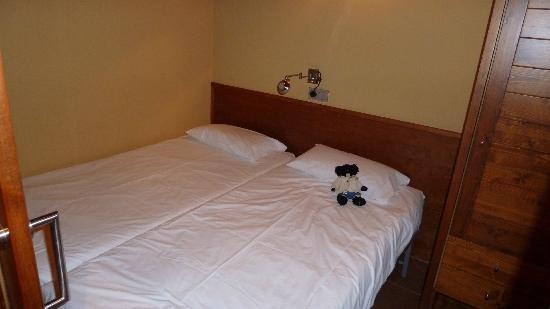 Aparthotel Bellver: Dormitorio auxiliar