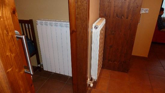 Aparthotel Bellver: Detalle radiadores