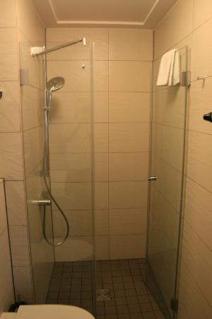 The Circus Hotel: Shower