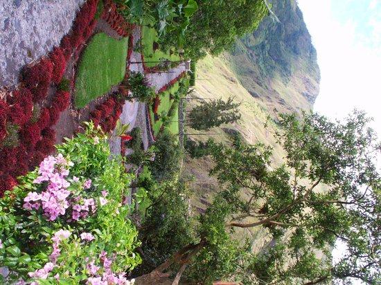 Samari Spa Resort: Jardines