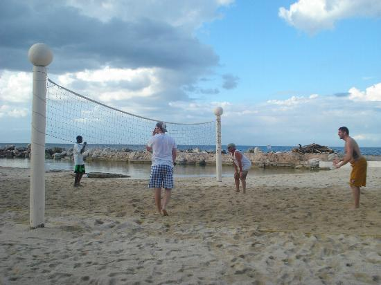 Club Ambiance: beach volleyball