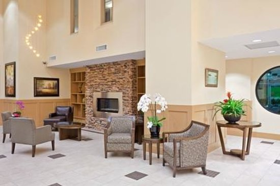 Holiday Inn Hotel & Suites Surrey East - Cloverdale: hotel surrey bc
