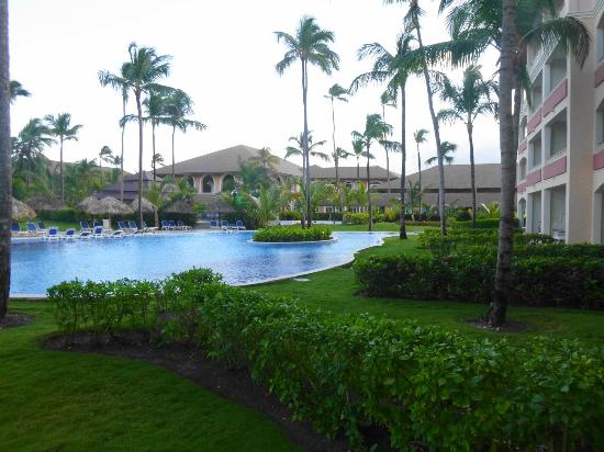 Majestic Colonial Punta Cana: View from our room (Swim-up 2108)