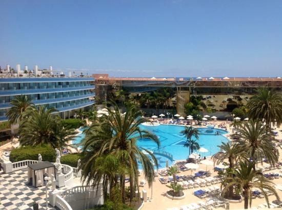 Hotel Villa de Adeje Beach : mediterranean palace, room 535 also fab