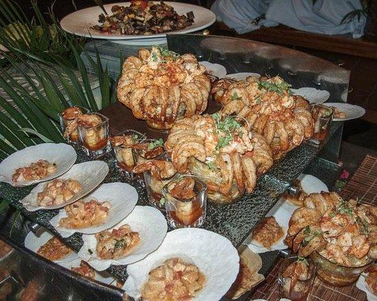 The Pavillion at Little Dix Bay: Exquisite shrimp, for first course