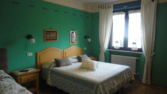 B&B La Taupiniere: Habitaciones cómodas y amplias
