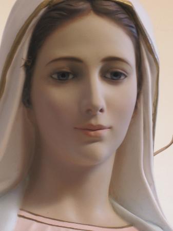 Medjugorje: María Reina de la Paz (imagen Iglesia san Elias en Tijalina)