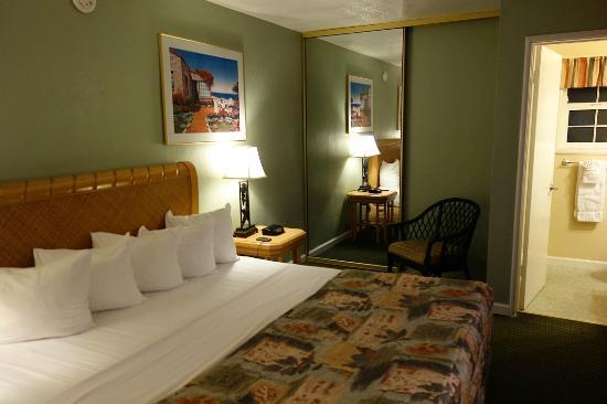 Seaway Inn: Room, 2nd floor