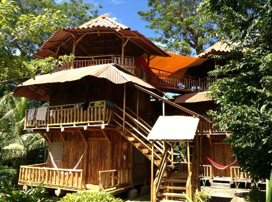 Don Jon's Lodge and Restaurante: Private Treehouse Jungle Cabanas