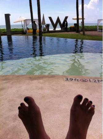 W Bali - Seminyak: put the feet up and relax