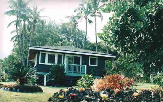Hana Oceanfront Cottages Hamoa Beach Cottage