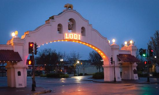 The arch in Lodi, CA