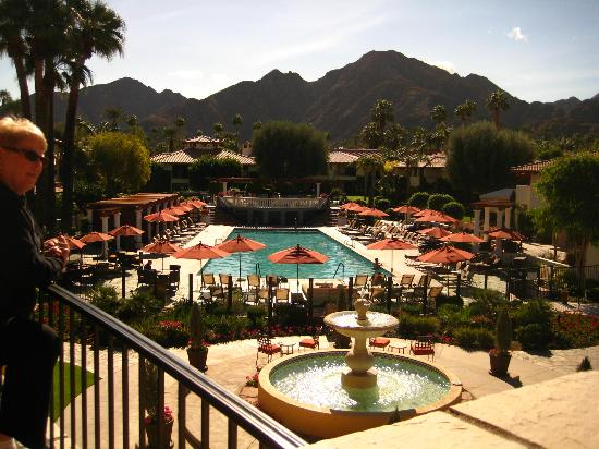 Miramonte Indian Wells Resort & Spa: Main Pool area