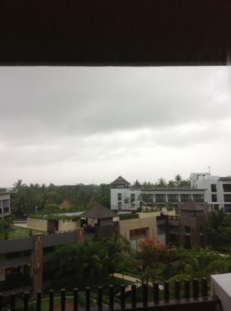 Pullman Bali Legian Nirwana: our pullman stay..see the cloud after heavy rain in legian..