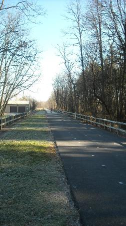 Cumberland Valley Rail Trail: Trail in Newville, looking towards Carlisle