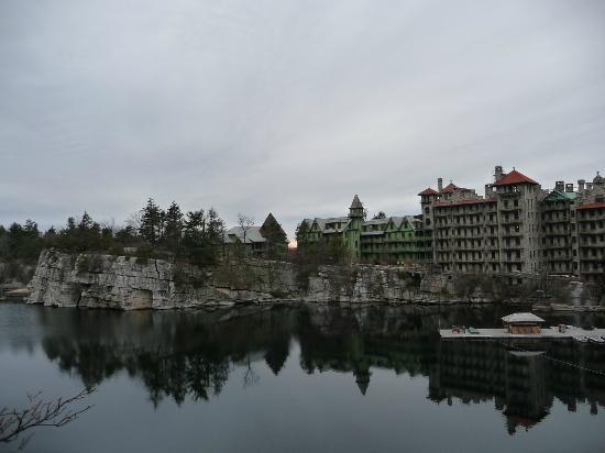 Mohonk Mountain House: The lake