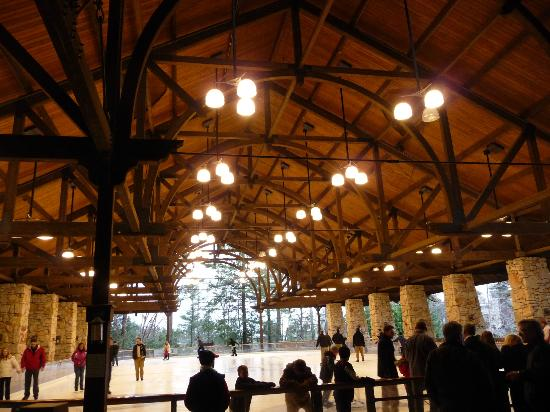 Mohonk Mountain House: The skating rink