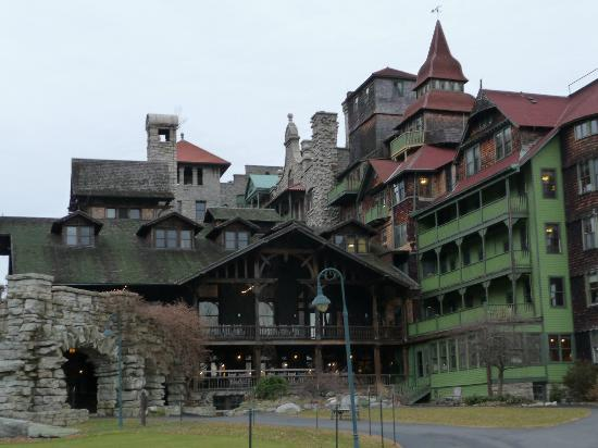 Mohonk Mountain House: The house
