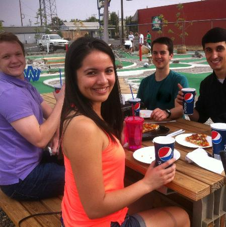 The Sweet Putt: Cool kids on the patio!