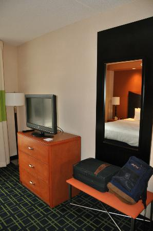 Fairfield Inn & Suites Kennett Square Brandywine Valley : King Studio Bedroom