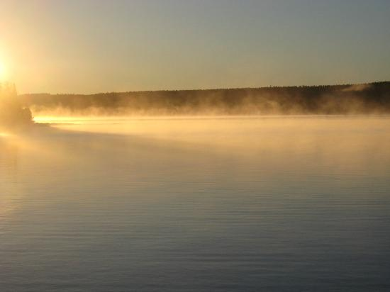 Eldorado Beach on Lake Superior Bed and Breakfast : September sunrise from the dock of Eldorado Beach B&B