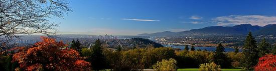 Burnaby Mountain Park: View towards downtown Vancouver, Stanley Park and the mountains