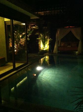 Seminyak Icon: pool