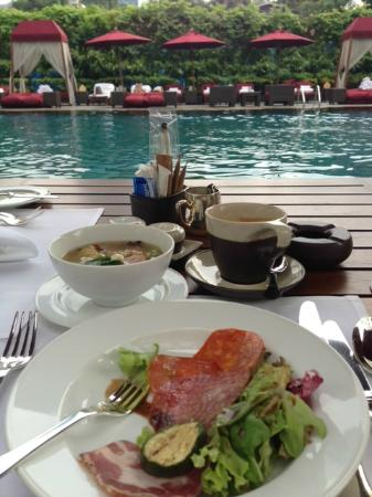 The Sukhothai Bangkok: a breakfast