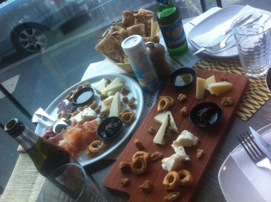 Italico : amazing cheese platter