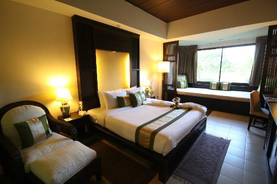 Mae Jo Golf Resort & Spa: Deluxe Room