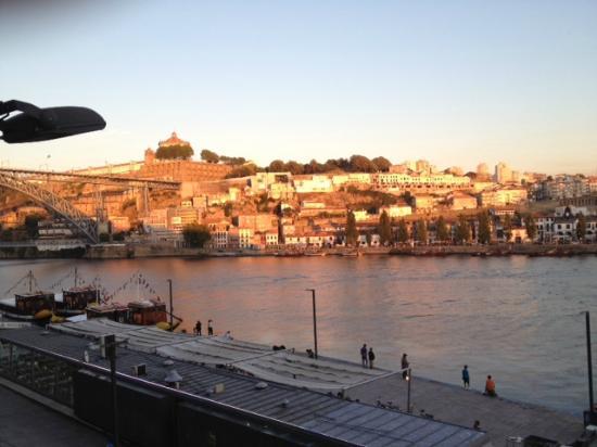 Guest House Douro: Vue de la chambre 202