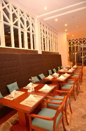 Sheraton Lampung Hotel: Pandan Wangi Restaurant
