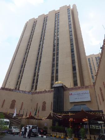 Inn & Go Kuwait Plaza Hotel: hotel outside view