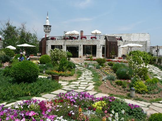 Old City: Swiss Garden - great for coffee/tea - just outside the wall