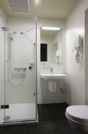 Hotel Laterum: Bathroom